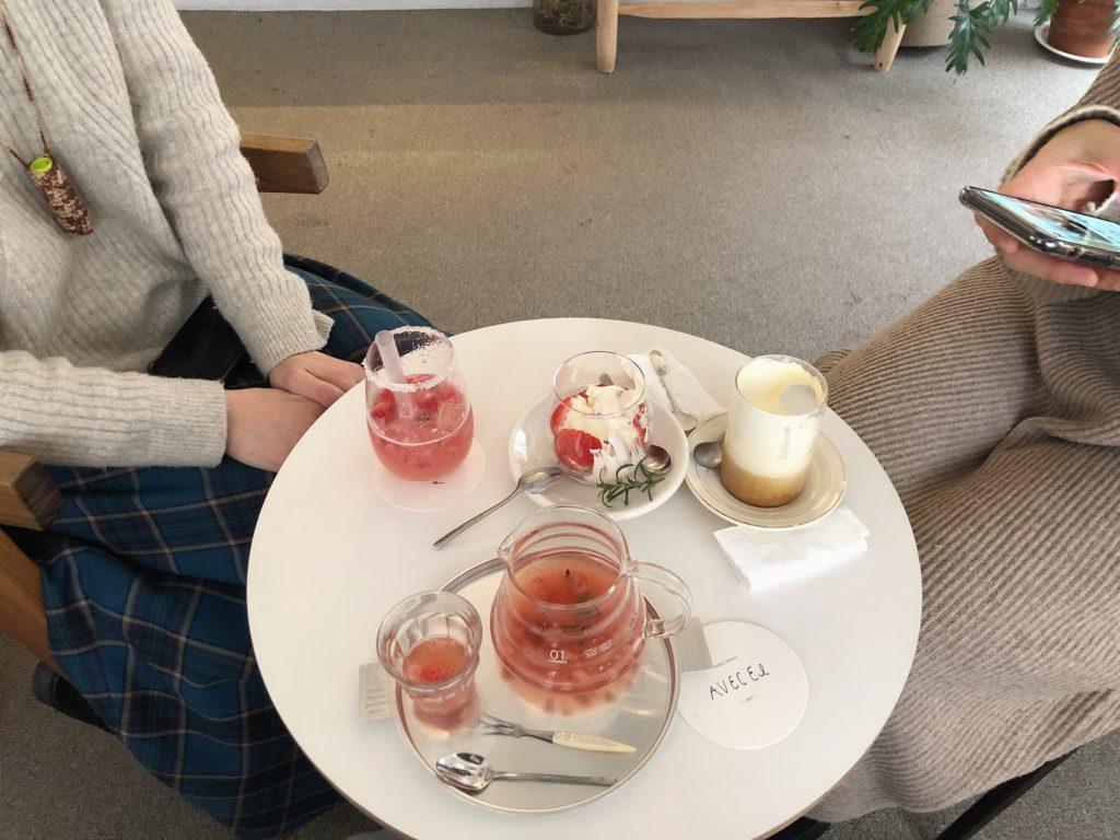 帰国日に私が1人でカフェに行くと話したら一緒に行きたいと言ってくれて来てくれました。